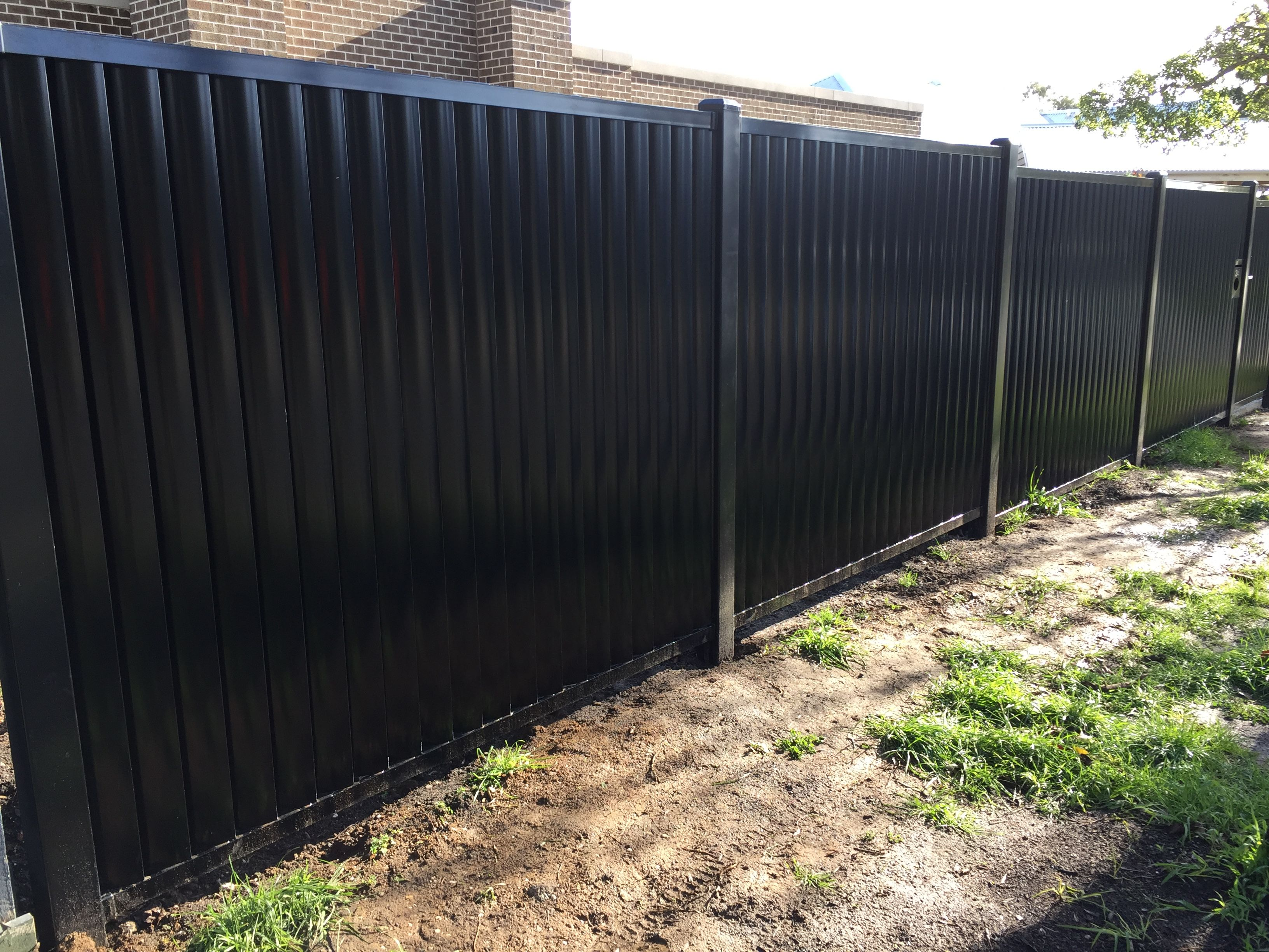 Louvre Fencing Available In Melboure Call Now 0415 919 214